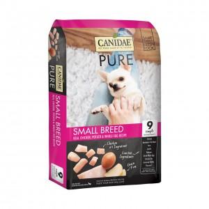 -Canidae 無穀物小型犬配方狗糧符合美國飼料管理協會(AAFCO)標準,為成長中幼犬、懷孕或哺乳中母犬提供完整而均衡的營養。  為成長中的小型犬提供豐富營養,幫助肌肉生長和強健骨骼,同時增強免疫力和消化力,天然來源的DHA更能促進幼犬認知能力的發展。 - 新鮮雞肉作為首要食材:肉味鮮濃,高質素動物性蛋白質尤其容易消化。 - 天然食材帶來豐富營養:扁豆、豌豆具有卓越抗氧化功效,並提供豐富維他命和礦物質。 - 簡單搭配減低過敏:精選食材簡單不多餘,大大減低腸胃或皮膚敏感的機會。 - 特別加入益生菌及全天然亞麻籽纖維素 :可將糖代謝為乳酸,使腸道形成酸性狀態,除幫助消化、吸收營養、保持口氣清新外,更可抑制體內害菌生長 - 合適Omega 6 及 Omega 3 脂肪酸比例:平衡奧Omega 6 及 Omega 3 脂肪酸,有效增強皮膚、毛髮、免疫系統。