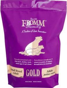 - 專為小型成年犬的新陳代謝而開發  - 精選蛋白質和有益健康的成分  - 能幫助小型犬發展強壯的骨骼和肌肉  - 添加益生菌幫助消化,鮭魚油保證皮毛的順滑和健康